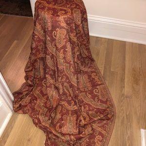 Very large Wool shawl/wrap